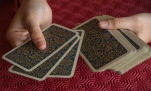 Mescolare le carte